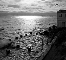 Coogee Baths by Greg Halliday