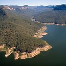 Lake Burragorang, from the air by Roger Barnes