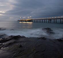 Lorne Pier by Mark Jones