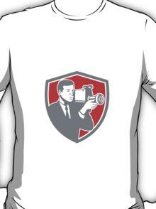 Video Cameraman Shooting Vintage Shield Retro T-Shirt