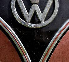 VW Splitscreen Bus by AJ Airey