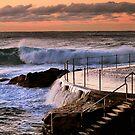 Sunrise at Bronte Beach, NSW by Kim Roper