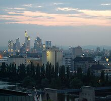 Frankfurt at dusk by Rhonda  Thomassen