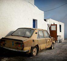 Deadcar on Santorini by Mark Hayward