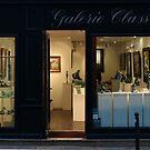 Shopfronts of Paris #07 by Murray Swift