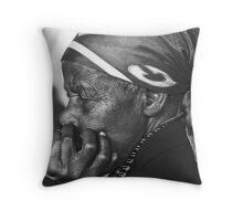 Old lady Rwanda Throw Pillow