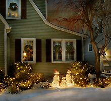 Christmas - A family moment by Mike  Savad