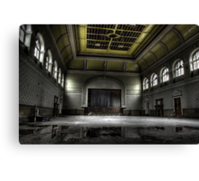 Hall or nothing Canvas Print