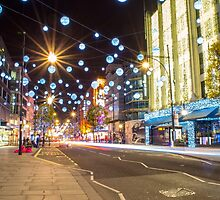 Christmas in Oxford Street by alalchan