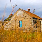 Russell Cave House II by southernblood