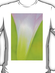 Pink Lily - Wild Flowers from Africa T-Shirt