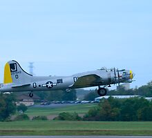 B-17 Take Off by doorfrontphotos