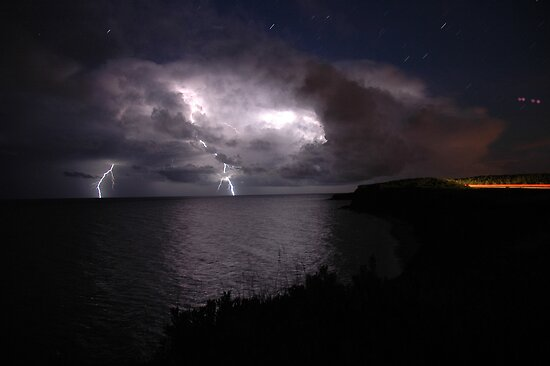 Atlantic Lightning by derryo