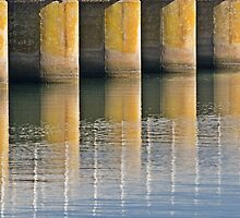 Barrage Detail by smylie