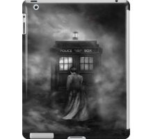 The Doctor and The Mist - Doctor Who iPad Case/Skin