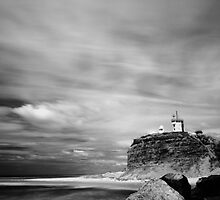 Nobby's Beach Lighthouse, Newcastle NSW by monkeyfoto