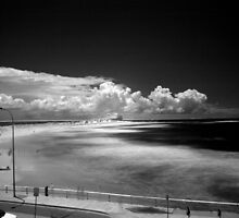 Nobby's Beach Newcastle NSW Australia by monkeyfoto