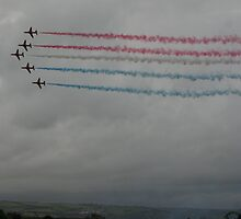 Red arrows again :D by jab03