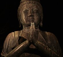 praying buddha by Laura Hilton-Smith