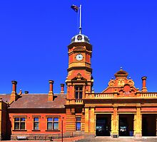 Railway Station - Maryborough by Hans Kawitzki