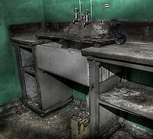 Sunken Sink by Richard Shepherd