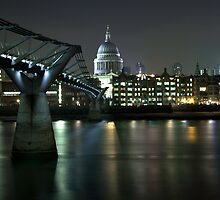 Millennium Bridge St Pauls by nick board