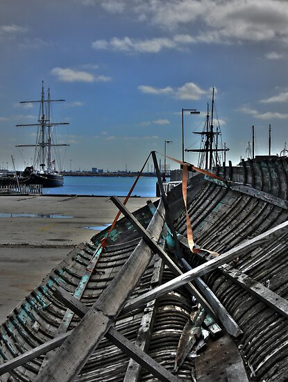 The Young Endeavour & Textures by Larry Lingard-Davis