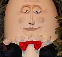 Humpty dumpty by byoung