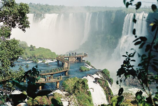Iguazu in Brazil by julie08