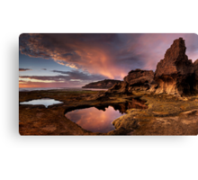 Rock Arch in Pink Canvas Print