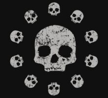Circle of Skulls t shirt by iEric