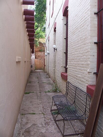 Alleyway by heathernicole00