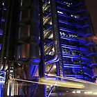 Number 25 Bus outside Lloyds of London by James Hughes