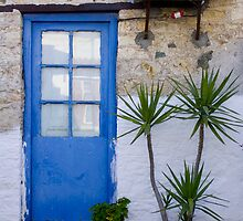 Blue doorway by kevomanno