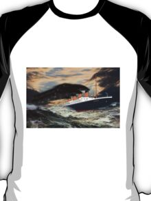 RMS Titanic, the Legend - all products bar duvet T-Shirt