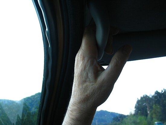 CAR TRAVEL MAN HANDLE by SofiaYoushi