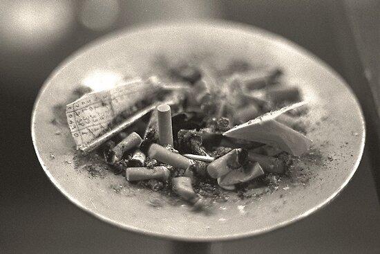 NO SMOKING ? by celticvodka