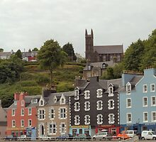 Tobermory , Church up the Hill by Bill Lighterness