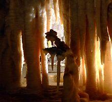 Marakoopa caves by Troopy93