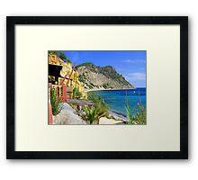 Sol Den Serra Bay Framed Print