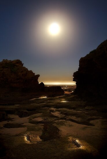 ..... and the sea was a ribbon of moonlight ..... by Heather Prince ( Hartkamp )