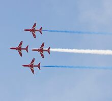 Red Arrows by AmarylisValdeon
