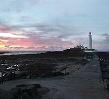 St Mary's Lighthouse at sunset by Jackie Wilson