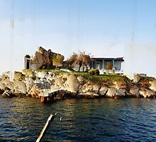 Island by aeolia
