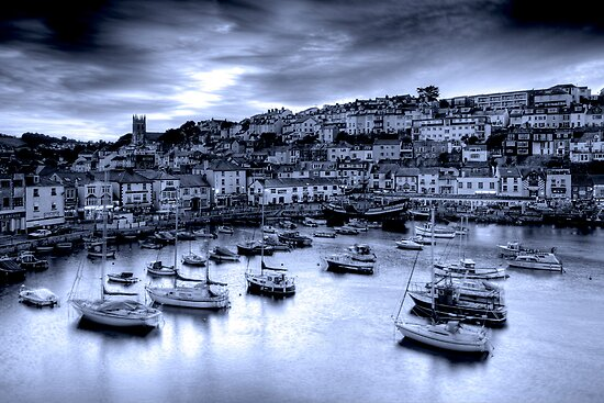 Dusky blue harbour by DualAspect