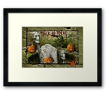 Trick or Treat on Spooky Halloween! Framed Print