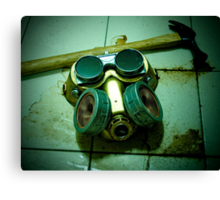 Dark Steampunk Gas Mask and Goggles Canvas Print
