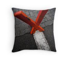 X marx the edge Throw Pillow