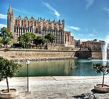 La Seu and the Parc de la mar by John Edwards