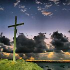 SOLIDOR CROSS AT NIGHT by Karo / Caroline Evans (Caux-Evans)